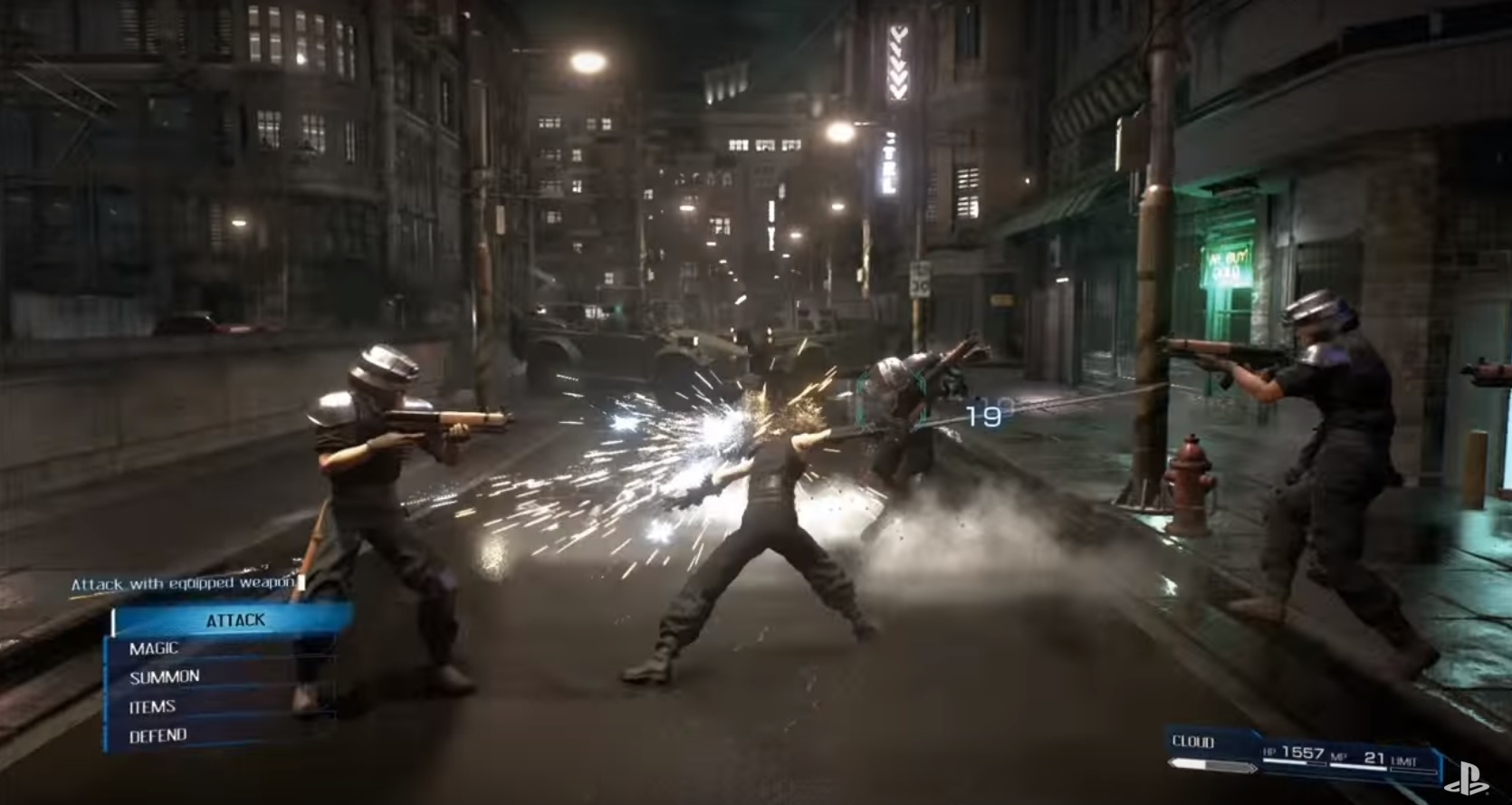 final-fantasy-vii-remake-gameplay-screenshot-attack-equipped-weapon-ps4